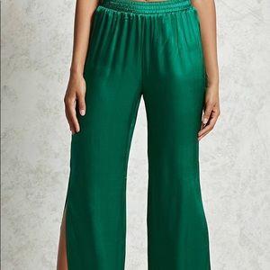 Forever 21 Satin Palazzo pants emerald green NWT